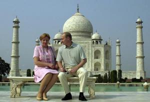 Putin2.taj_mahal